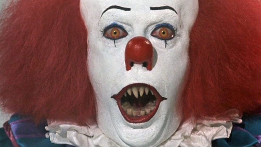 pennywise with fangs